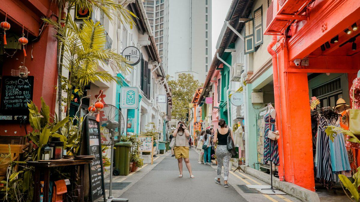 Best Ways to Get Around Singapore