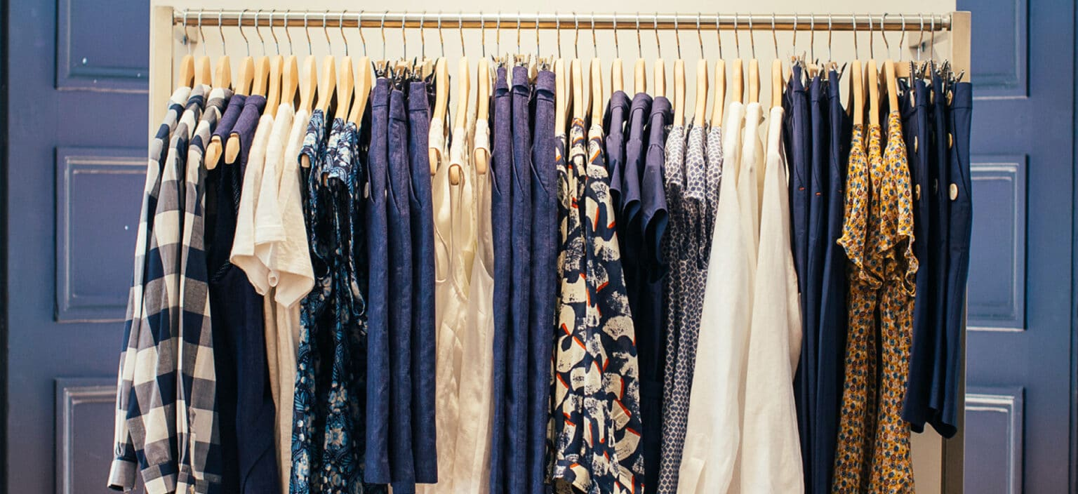 Collecting antique clothes: things to note